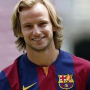 Pomocnik Barcelony przedłuży kontrakt