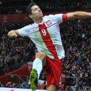 Mały krok dla Lewandowskiego, ale wielki dla polskiej piłki! Polska rozbiła Armenię w Erywaniu!