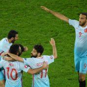 Sensacja w grupie H! Turcja lepsza w starciu z Francją