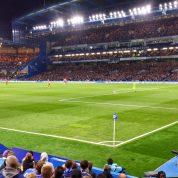 Gracz Chelsea z nową umową