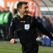 Paweł Gil sędzią meczu Anglia - Kosowo