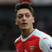 Mesut Özil myślami już w Manchesterze