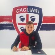 Oficjalnie: Gwiazda Cagliari z nowym kontraktem