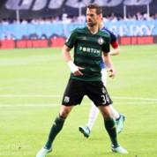Legia Warszawa przedłużyła kontrakt z doświadczonym defensorem