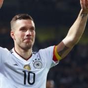 Górnik Zabrze musi zaczekać na Podolskiego, były reprezentant Niemiec wybrał Turcję