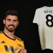 Oficjalnie: Nowy kontrakt Rubena Nevesa