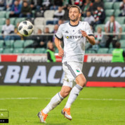 SC Braga i Dynamo Kijów zgłaszają się po Mateusza Wieteskę