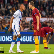 Nie Lewandowski! PSG poluje na innego snajpera