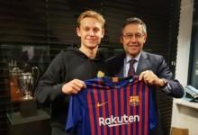Oficjalnie: Frenkie de Jong piłkarzem Barcelony!