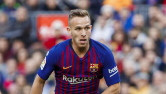 Arthur pozostanie w Katalonii. On przypomina Xaviego – mówi Messi