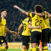 Bundesliga: Osiem bramek w Augsburgu, hat-trick Halanda!
