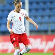 Piłka jest kobietą, czyli jak panie podbijająświat futbolu
