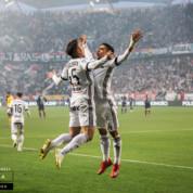 Lotto Ekstraklasa: Legia w pięć minut rozprawiła się z Pogonią