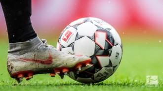 Mecz sezonu Schalke 04, niespodziewane zwycięstwo Stuttgartu i zwycięstwo Polaków