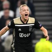 Van de Beek chciałby przenieść się do Premier League