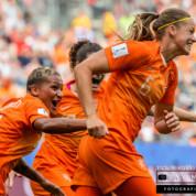 FIFA WWC 2019: Holandia wygrywa rzutem na taśmę, pewny awans Włoszek