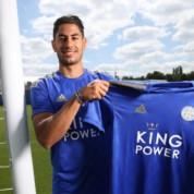 Leicester osłabia ligowego rywala