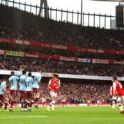 Premier League: Osłabiony Arsenal pokonuje Aston Villę