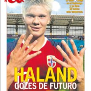 Real Madryt rozważa zatrudnienie Herlinga Braut Halanda z RB Salzburg