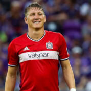 Oficjalnie: Bastian Schweinsteiger ogłosił zakończenie kariery