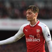 Mesut Özil: Mam kontrakt do 2021 i zamierzam go wypełnić