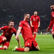 Liga Mistrzów: Grad goli w Londynie, dublet Roberta Lewandowskiego