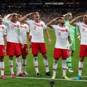 Turcy prowokują UEFA wojskowymi gestami