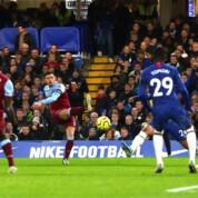 Premier League: Niespodzianka na Stamford Bridge, przełamanie West Hamu
