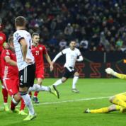 Grupa C: Pewne zwycięstwo Niemiec, nieporadność Holandii