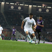 Ligue 1: Marsylia goni PSG; Remis w meczu na szczycie