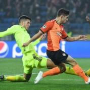 Liga Mistrzów: Szachtar remisuje z Dinamo po szalonej końcówce meczu w Zagrzebiu