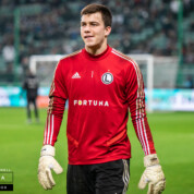 Radosław Majecki bliski opuszczenia Legii Warszawa. To może być rekordowy transfer z polskiej ligi