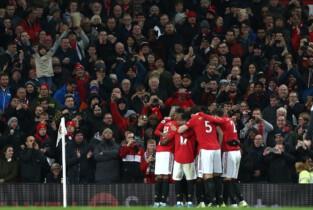 Premier League: Manchester United pokonuje Chelsea. Sędziowie wypaczyli wynik?