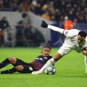 Liga Mistrzów: Szalony mecz w Lyonie, OL gra dalej