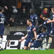 Premier League: Jan Vertonghen w ostatniej chwili ratuje Tottenham