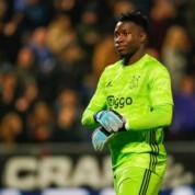 Chelsea mocno zainteresowana bramkarzem Ajaxu!