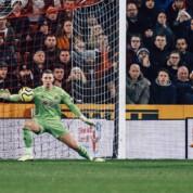 Premier League: Wyśmienity występ Deana Hendersona, jednak nie zatrzymał Manchesteru City