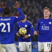 Premier League: Piętnaste zwycięstwo ligowe Lisów, urazy dwóch piłkarzy