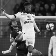 Piłkarz Guingamp zginął w wypadku samochodowym