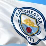 Gary Neville przekonuje: Manchester City poradzi sobie z karą UEFA