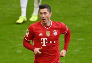 Remis Bayernu Monachium w cieniu rekordu Roberta Lewandowskiego